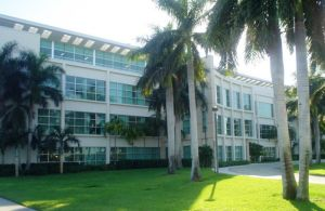 FAU Charles Schmidt Science Building